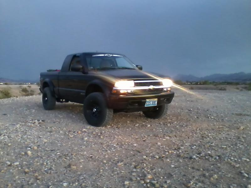 Post pics of ZR2 S-10 or Blazer-1004111827.jpg