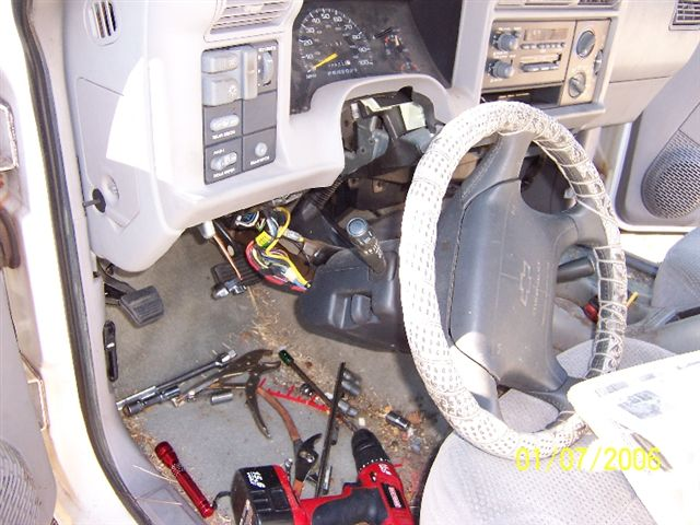Heater core blow up on 97 blazer, how to remove dashboard-100_1550.jpg