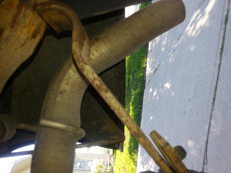 shackle lifting...leaf spring broken?-20130613_180104.jpg