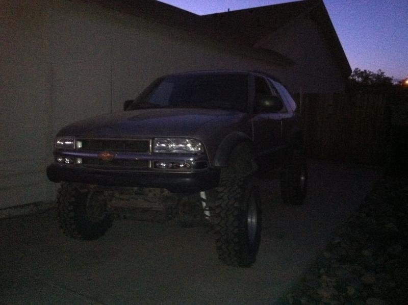 Post pics of ZR2 S-10 or Blazer-img_0021.jpg