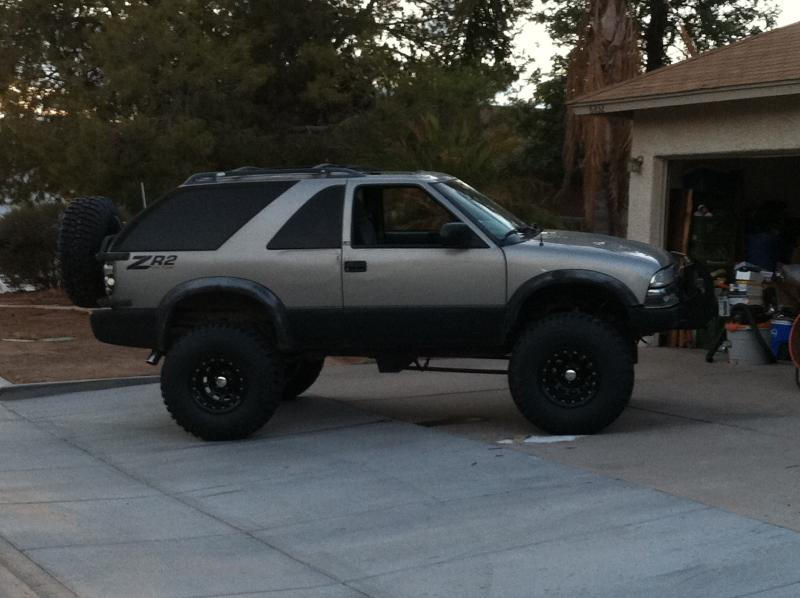 Post pics of ZR2 S-10 or Blazer-img_0132.jpg