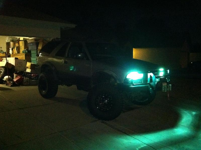 Post pics of ZR2 S-10 or Blazer-img_0193.jpg