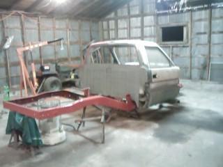 drift truck-s10-frame-and-cab.jpg
