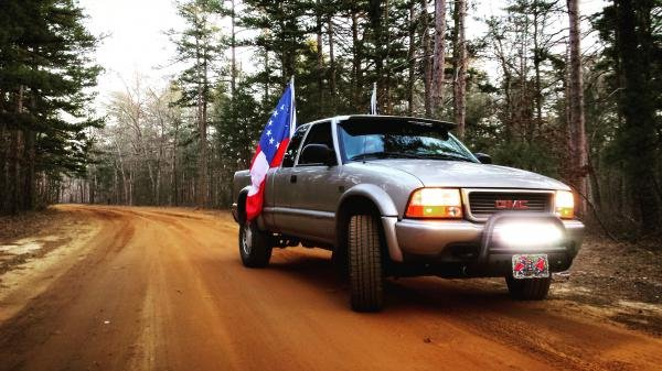 Showcase cover image for 4x4Highrider1's 1999 GMC Sonoma