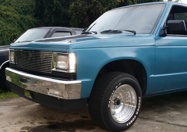 Showcase cover image for 84V8s10's 1984 Chevy S10