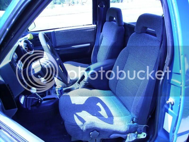 Astounding Regular Cab First Gen With 2Nd Gen Bucket Seats S 10 Forum Caraccident5 Cool Chair Designs And Ideas Caraccident5Info