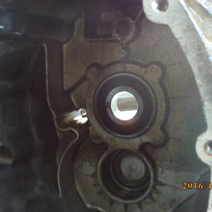 1T input shaft bearing.JPG